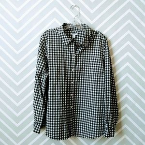 Old Navy women black white check button up shirt